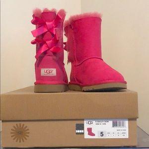 Hot pink Ugg Bailey bows